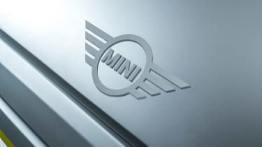 MINI Electric concept - MINI badge