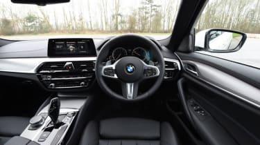 BMW 520d - dash