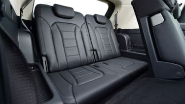 SsangYong Rexton - rear seats