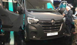 Renault Master - show pic