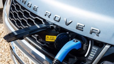 Range Rover Sport P400e - plugged-in