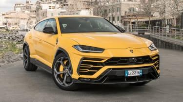 Lamborghini Urus - front static