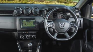 Dacia Duser 4x4 - dash