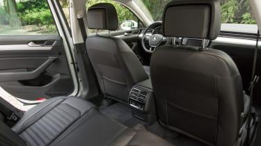 Volkswagen Passat GTE Estate - rear seats