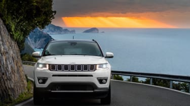 2017 Jeep Compass - front dynamic