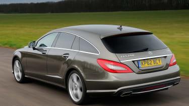 Mercedes CLS 250 CDI Shooting Brake rear tracking