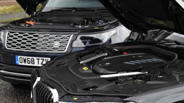 BMW 7 Series vs Range Rover - engines