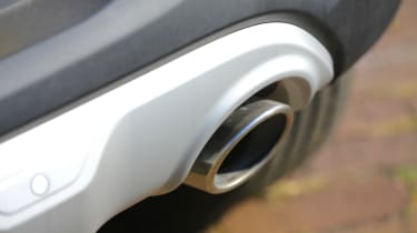 New Kia Stonic - exhaust