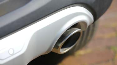 New Kia Stonic - exhaust