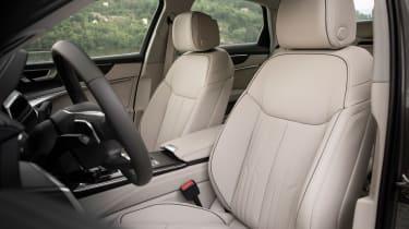 Audi A6 - front seats