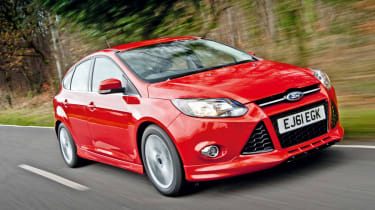 Ford Focus Zetec S 2.0 TDCi front tracking