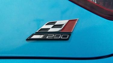 SEAT Leon Cupra 290 2016 UK - badge