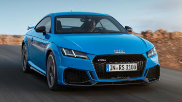 Audi TT RS Coupe - front tracking