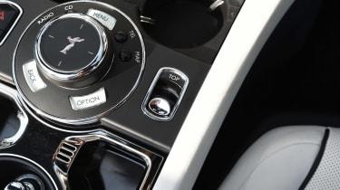 Convertible megatest - Rolls-Royce Dawn - centre console