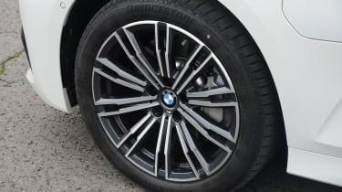 BMW 330e - wheel