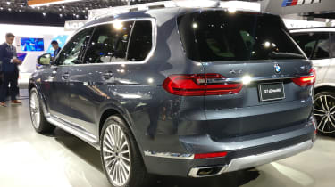 BMW X7 - LA Motor Show - rear