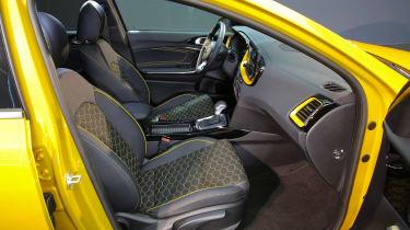 Kia XCeed - front seats
