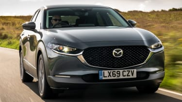 Mazda CX-30 - front tracking