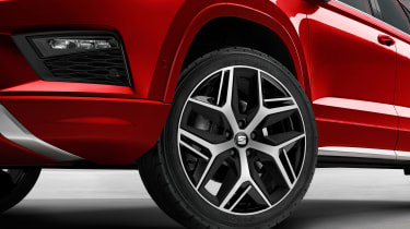 seat ateca fr wheel close up