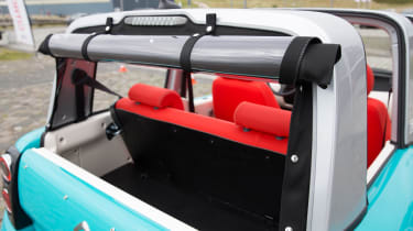Citroen E-Mehari - roof