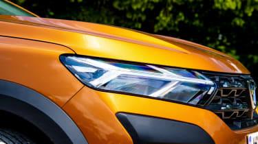Dacia Sandero Stepway long termer - first report front detail