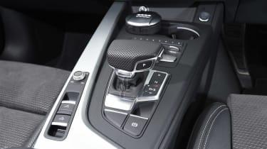 Audi A5 Cabriolet - centre console