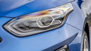 New Kia Ceed UK headlight
