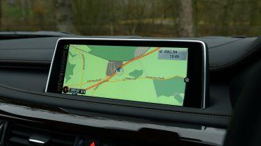 BMW X6 - screen