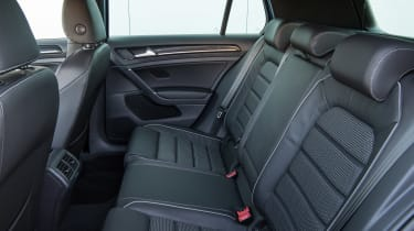Volkswagen Golf R 2017 rear seats