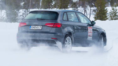 2017/18 winter tyre test - Audi turn
