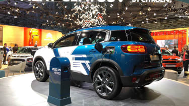 Citroen C5 Aircross - Paris - Charging