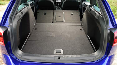 Load capacity can be expanded by folding the rear seats.