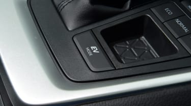 Toyota RAV4 - EV mode