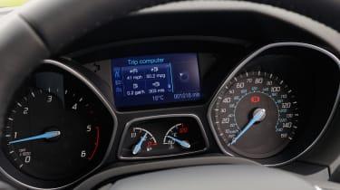 Ford Focus ECOnetic dials