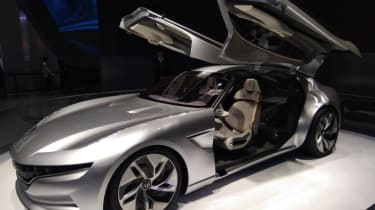 Hybrid Kinetic Group with Pininfarina front