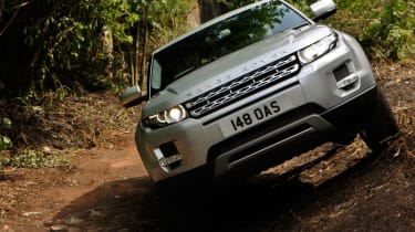 Range Rover Evoque off-road front
