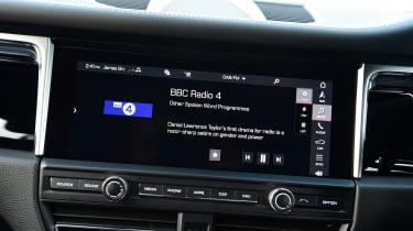 Porsche Macan - radio