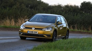 Volkswagen Golf - Front Driving