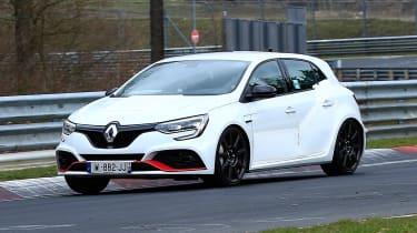Renault Megane R.S. Trophy-R - spyshot 6