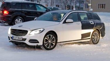 Mercedes C-Class Estate front quater