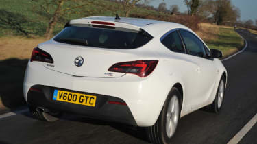 Vauxhall Astra GTC rear tracking