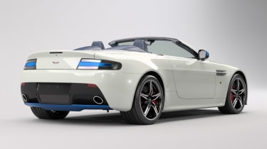 Aston Martin V8 Vantage Great Britain Edition - rear