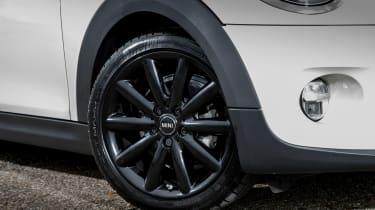 MINI Cooper - wheel detail