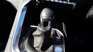 Peugeot 5008 - transmission