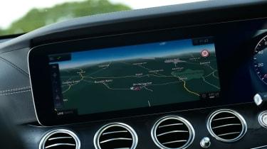 Mercedes E-Class Estate E220d UK - navigation