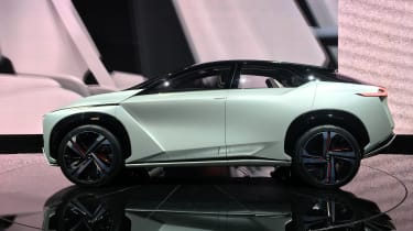 Nissan IMx SUV concept - Tokyo side