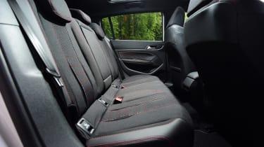 Peugeot 308 - rear seats