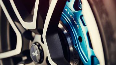 Alpine A110 - wheel