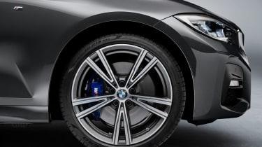 BMW 3 Series Touring - studio wheel