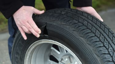 Mitsubishi L200 long-term test - tyre damage